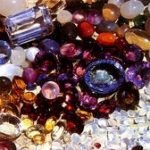 Как выбрать драгоценные, полудрагоценные и поделочные камни — свойства камней