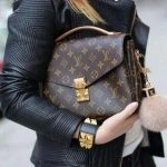 Сумка Pochette Metis от Louis Vuitton — на пике моды