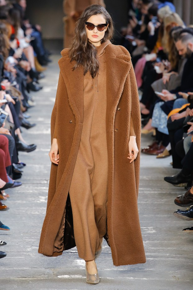 широкое объемное пальто - женская мода осень 2017