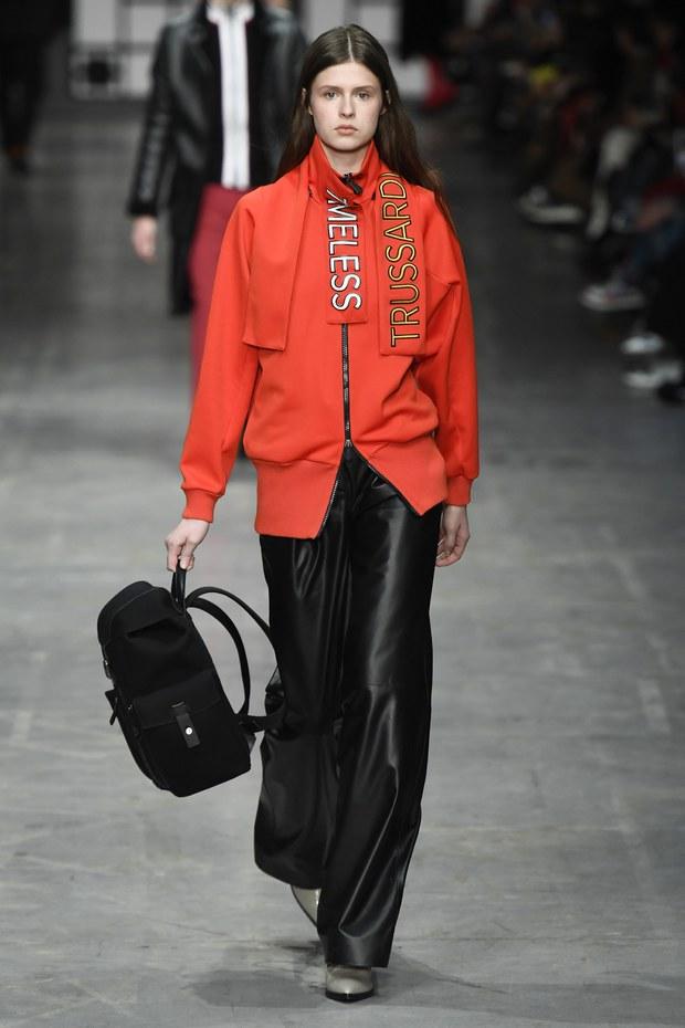 модные кожаные брюки, с чем носить осенью, модные советы, фото