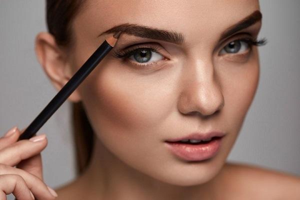 карандаш для бровей - основные особенности при макияже