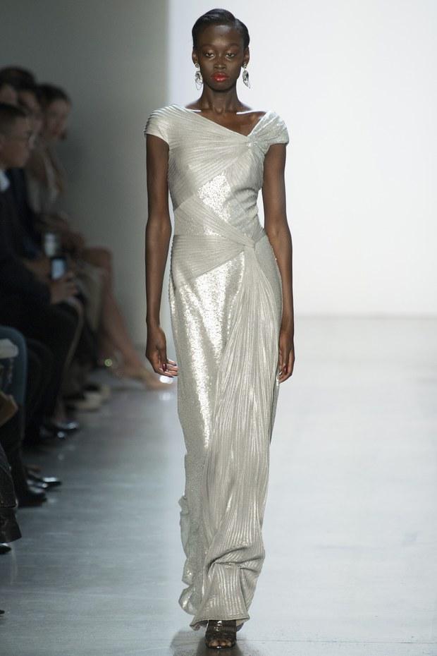как выбрать самыое модное платье для встречи новго года 2019